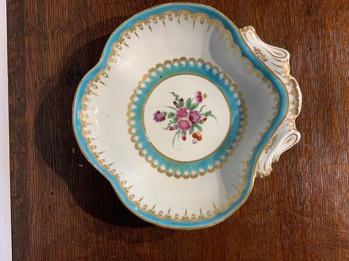 Worcester Shell Shaped Dish (1 of 5)