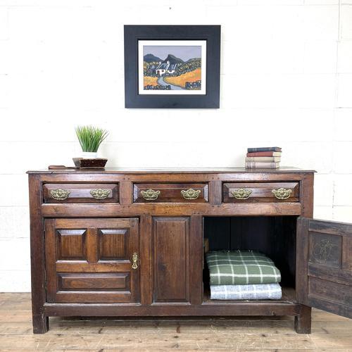 18th Century Welsh Oak Dresser Base (1 of 10)
