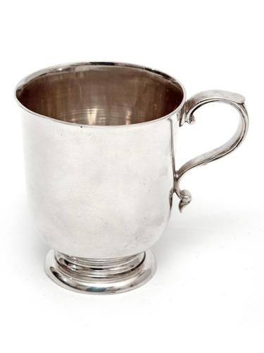 Edward Barnard Silver Christening Mug with a Plain Body and Cast Scroll Handle (1 of 4)