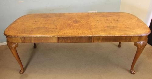 Burr Walnut Queen Anne Style Extending Dining Table c.1930 (1 of 13)