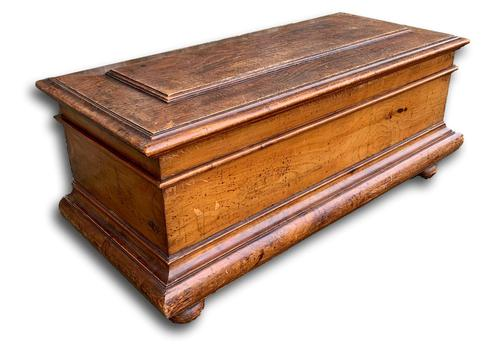 Beautiful 19th Century Blanket Box / Trunk (1 of 6)