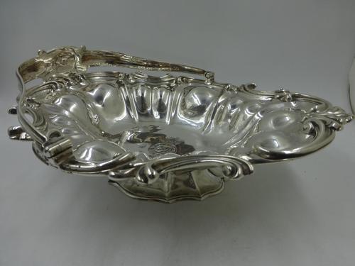 Fine Early Victorian Silver Swing Handle Basket by Benjamin Smith II London 1840 (1 of 10)