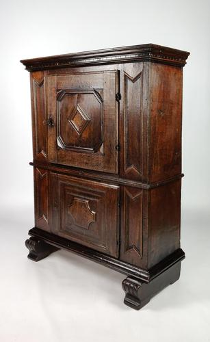 Small 17th Century Food Cupboard (1 of 10)