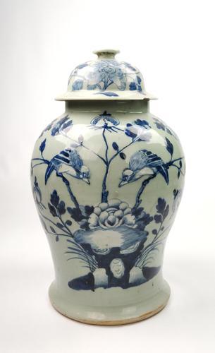 Large 19th Century Chinese Vase (1 of 9)