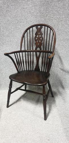 Elm & Beech Windsor Chair (1 of 6)
