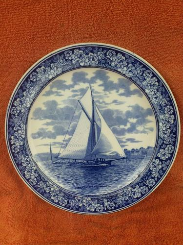 """1901 Wedgwood Etruria Queensware """"The Intrepid"""" Boat Plate (1 of 10)"""