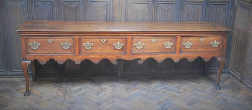 Rare Georgian four drawer dresser base. (1 of 13)