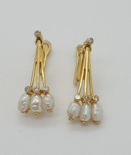 18ct Yellow Gold Freshwater Pearl & Diamond Earrings (1 of 4)