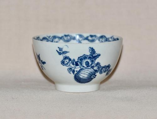 "18th Century Worcester Porcelain Teabowl ""Fruit & Wreath"" pattern (1 of 7)"
