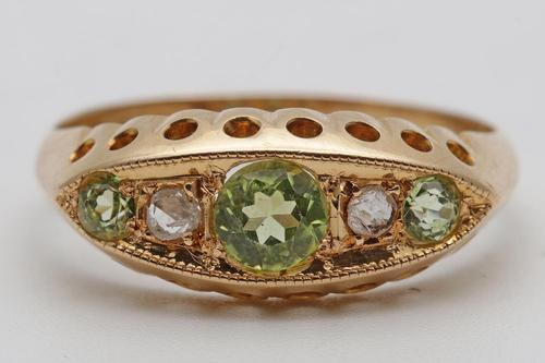 Edwardian 18ct Gold Peridot Ring (1 of 3)