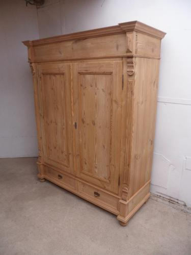 Super Victorian Antique Pine 2 Door Knockdown Wardrobe to wax / aint (1 of 10)