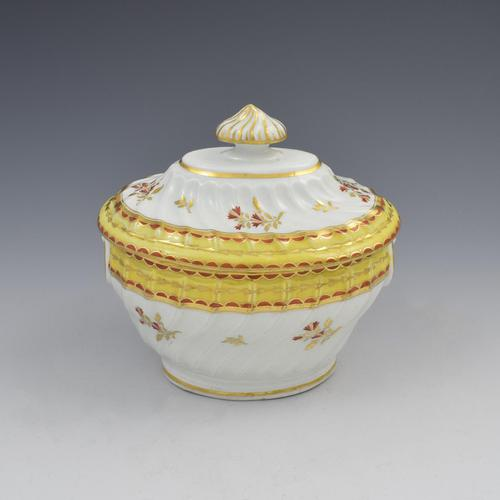 Chamberlain Worcester Porcelain Spiral Fluted Sucrier Yellow Ground c.1800 (1 of 9)