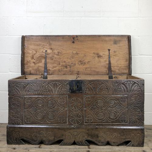 Antique Carved Oak Coffer or Blanket Box (1 of 11)