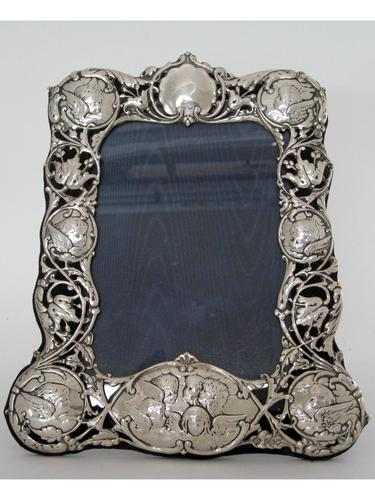 William Comyns Silver Photo Frame with Reynolds Angels (1 of 4)