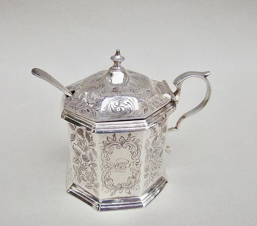Victorian Silver  Mustard Pot by Hilliard & Thomason, Birmingham 1884 (1 of 8)