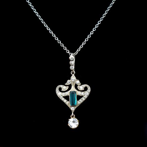 Antique Green Paste Sterling Silver Drop Pendant & Chain Necklace (1 of 10)