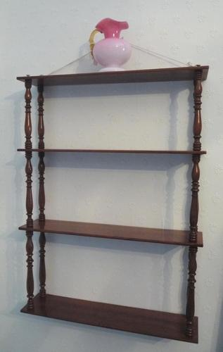 Attractive Set of French Walnut Wall Shelves c.1890 (1 of 4)