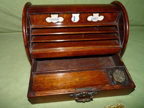 Compact Figured Oak Roll Top Stationery Box. c1900 (1 of 14)