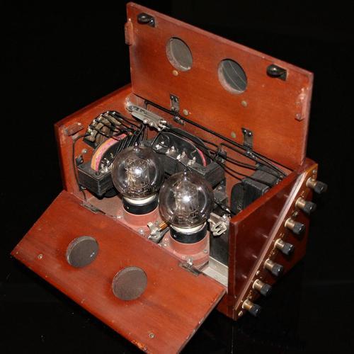 Western Electric 'Weconomy' 2 Valve Amplifier C.1923 (1 of 9)