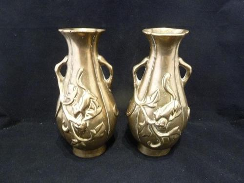 """2 Antique Chinese Bras / Bronze Vases """"Squirrels"""" Qing Dynasty 19th Century (1 of 5)"""