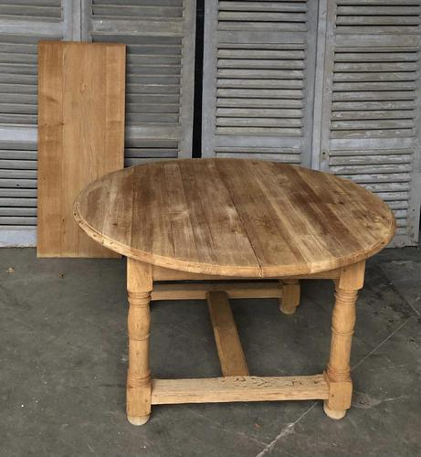 Round Farmhouse Dining Table with leaf (1 of 11)