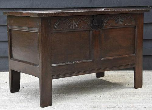 Handsome 17th Century Small Proportioned Oak Panelled Coffer c.1680 (1 of 13)