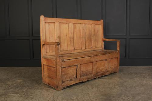 18th Century Rustic Pine Box Settle (1 of 12)