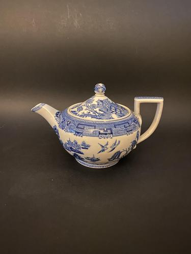 Late 19th Century Wedgwood Etruria Willow Teapot (1 of 10)