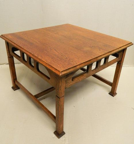 Arts & Crafts Oak Coffee Table (1 of 7)
