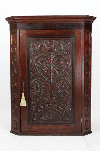 Victorian Gothic Revival Oak Corner Cupboard (1 of 13)
