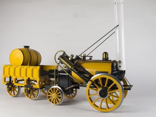 Hornby Live Steam Stephenson's Rocket (1 of 10)