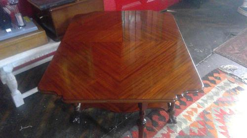Sutherland Parlour Table (1 of 6)