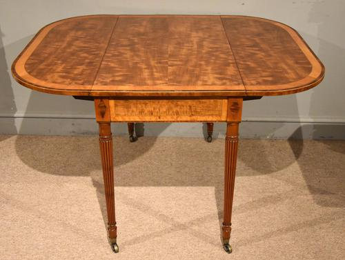 Sheraton Period 18th Century Pembroke Table (1 of 10)
