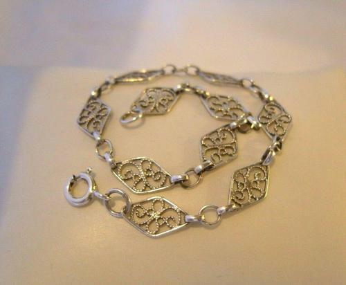 """Vintage Silver Ladies Bracelet 1960s Filigree Panels & Bolt Ring 7 1/2"""" Length (1 of 9)"""