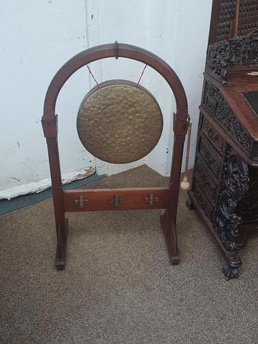 Gothic Oak Gong (1 of 6)