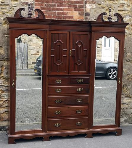 Large Edwardian Walnut Princess Wardrobe (1 of 10)