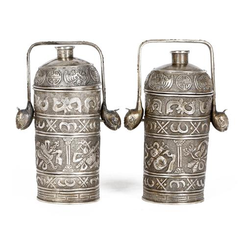 Chinese Pair of Qing Silver Metal Handled Lidded Containers (1 of 22)