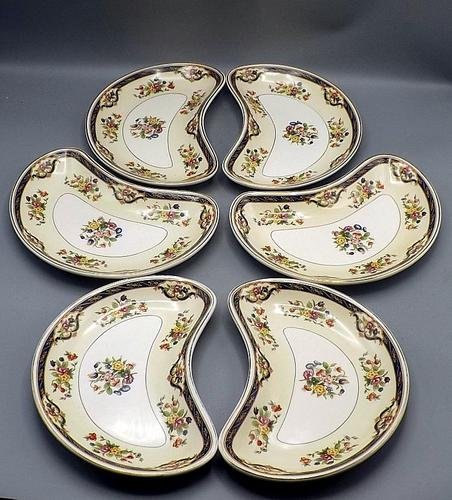 Set of 6 1930's Kidney Shape Dishes by Johnson Bros - Pareek Pattern (1 of 6)