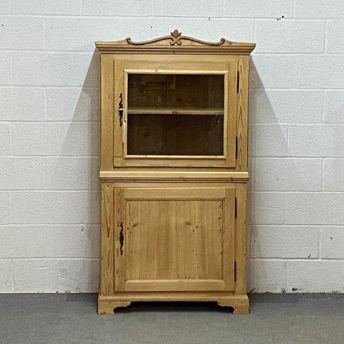 Attractive Small Pine Display Cabinet C.1900 (1 of 4)