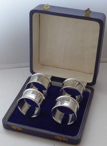 Boxed Set 4 Hallmarked Solid Silver Napkin Rings Serviette Charles Perry & Co (1 of 7)