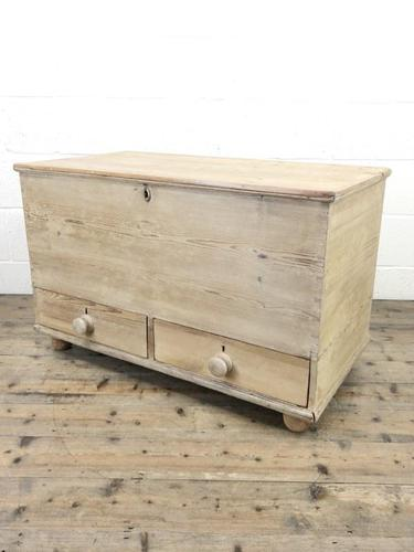 Antique Pine Blanket Box or Mule Chest (1 of 10)