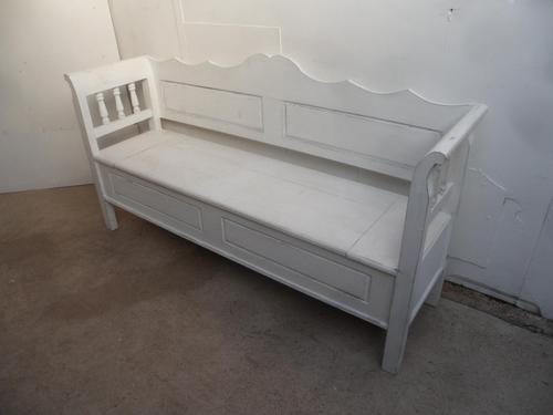 A White Panelled 3 Seater Antique/Old Pine Kitchen/Hall Box Settle/ Bench (1 of 11)