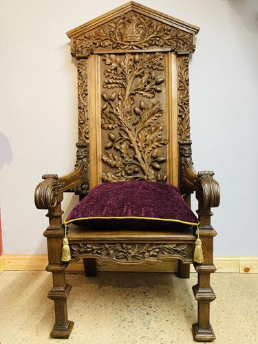 Gothic Revival Throne (1 of 20)
