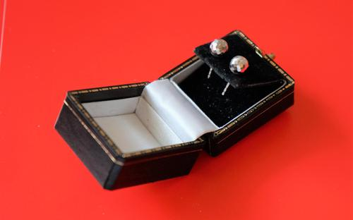 9ct White Gold Ball Stud Earrings- Boxed - Ideal Gift / Present (1 of 8)