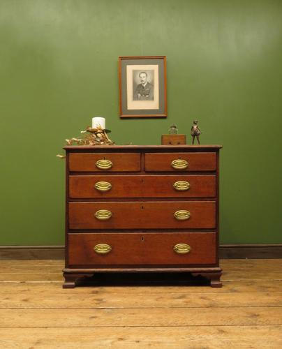 Antique Small Georgian Oak Chest of Drawers, Small Chest of Modest Proportions (1 of 15)