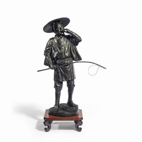 A Meiji period bronze of a cricket catcher (1 of 14)