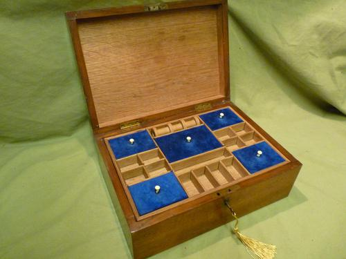 Solid Figured Oak Jewellery / Work Box - Fitted Tray (1 of 10)