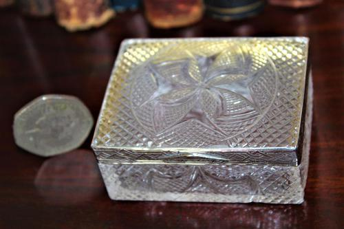 Extremely Attractive & Very Finely Cut Crystal Glass Box (1 of 6)