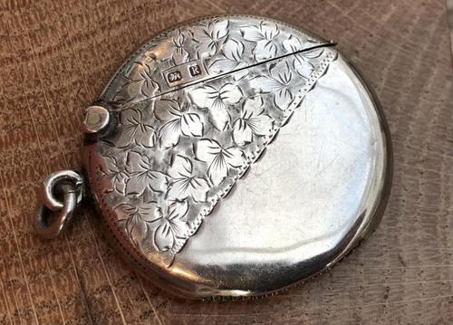 Edwardian Solid Silver Vesta Case of Circular Form - Birmingham 1909 (1 of 3)