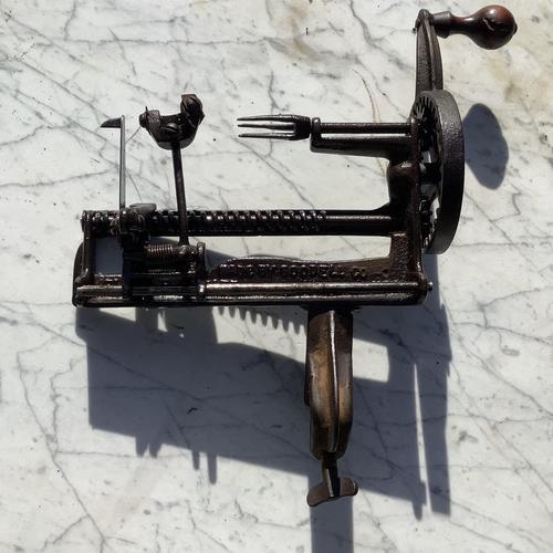 Victorian Apple Slicer (1 of 3)